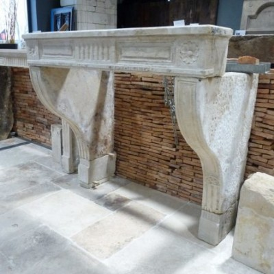 Antique Louis XIV fireplace in french limestone 17th