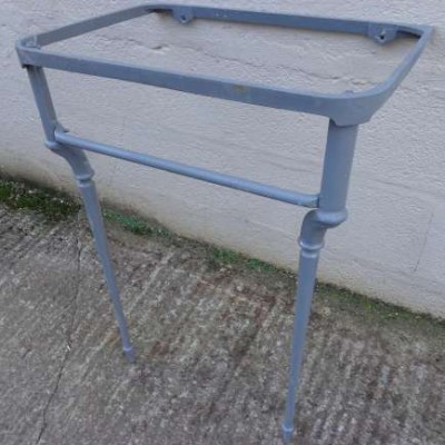 Antique cast iron basin stand / cradle.