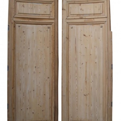 Pair of curved pine panels