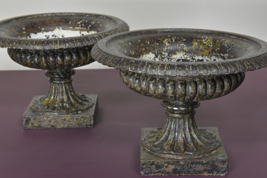 pair victorian cast iron tazza urns