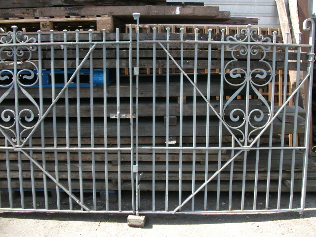 wrought iron gates 10ft