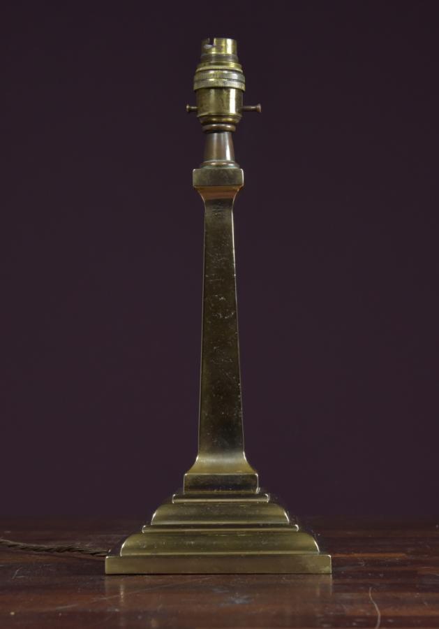 cast bronze table lamp