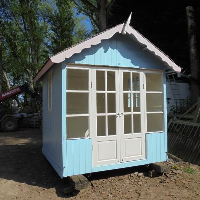 1930s revolving summerhouse