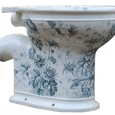 Antique ' Gatrix Laurel' Toilet
