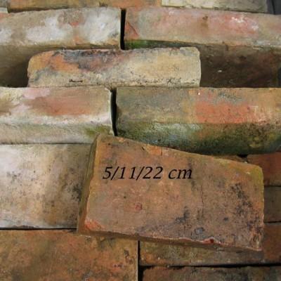 BRIQUES ANCIENNES / Reclaimed bricks, antique firebrick
