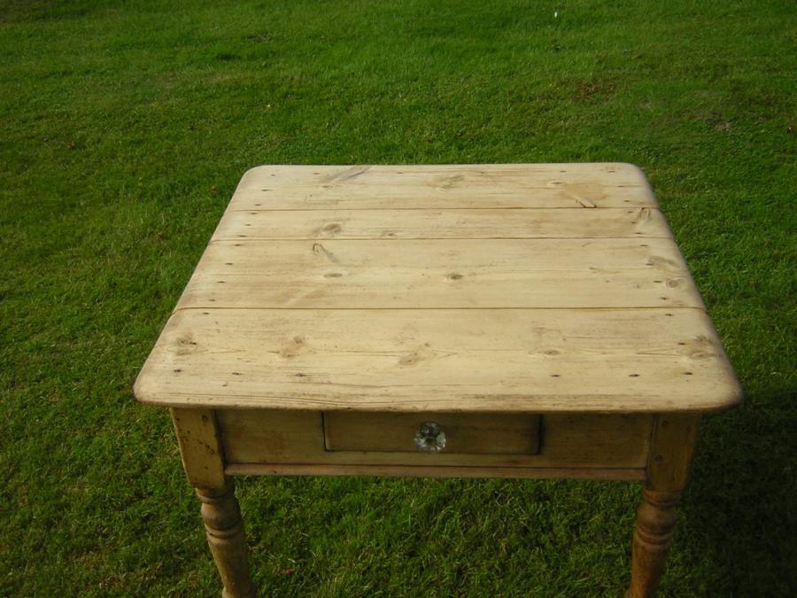 d37d2a53d332d For Sale Antique pine table- SalvoWEB UK