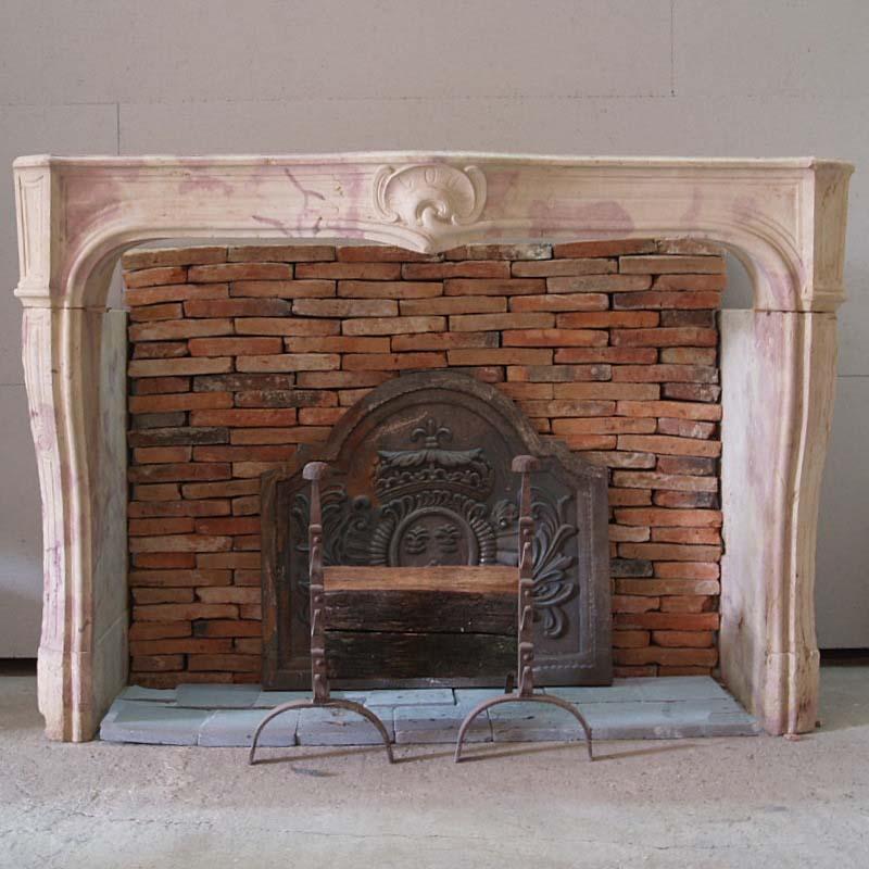 CHEMINEE REGENCE / Regence chimneypiece, mantel