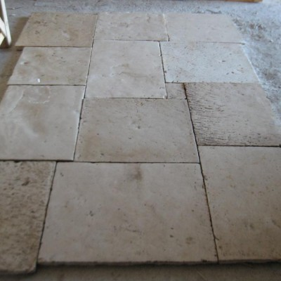 "SALVAGED  STONE FLOORS TILE "" Lot  of  5,000 sq feet "" 3 cm thickness (1,2 inch)"