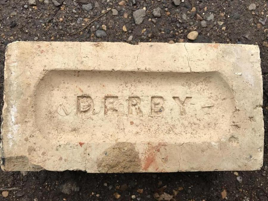 Reclaimed cream bricks