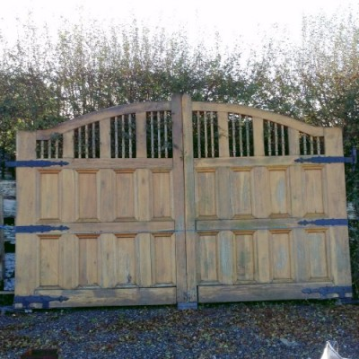 Reclaimed Large Solid Oak Driveway Gates